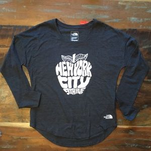 *NWT* The North Face NYC 5th Ave Long Sleeve Tee